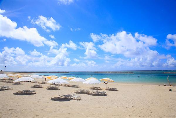 ビーチの美しさは石垣島ならでは。
