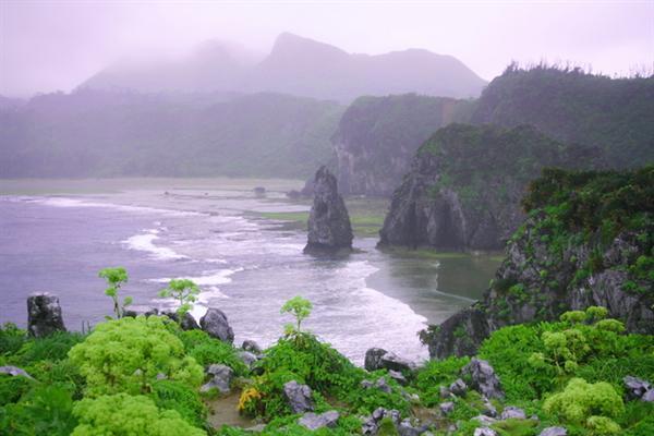 沖縄最北端の辺戸岬に近いフジレンタカー オクマ営業所